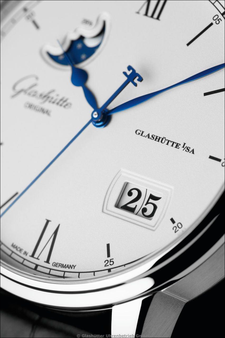 Glashütte Original > Senator Excellence Panoramadatum Mondphase > Edelstahl > Ref. 1.36.04.01.02.30