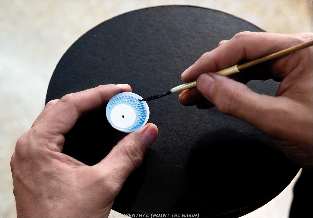 Manuelles Isolieren bestimmter Bereiche auf den Oberflächen der Zifferblätter