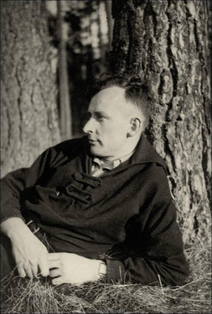 Dr . Ernst Kurtz