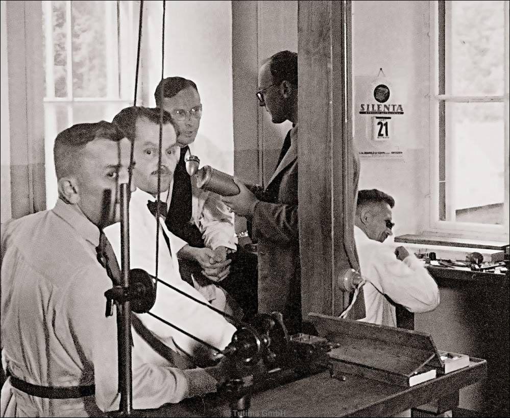 UFAG Glashütte 1939, Dr. Ernst Kurtz und sein Entwicklungsteam